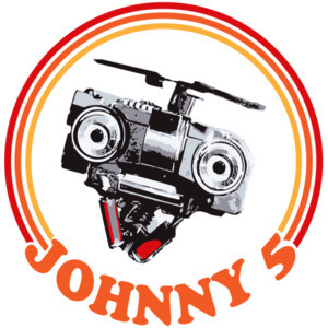 Johnny 5 - Short Circuit - 80's T-Shirt