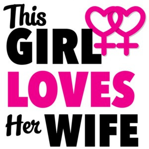 This girl loves her wife - lesbian t-shirt