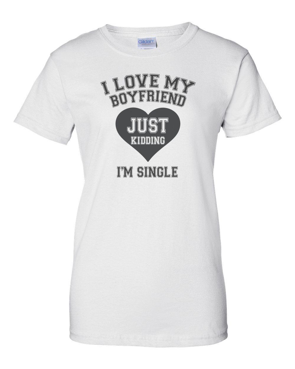 Im black t shirt - Just Kidding I M Single T Shirt